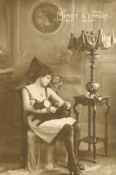 vintage woman with cat | Love this kitty cat restful vintage photo..