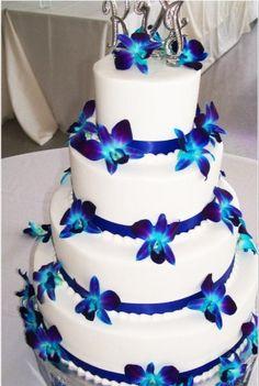 Wedding Cake with Purple & Blue wedding colors @RachelJacobEvents ...