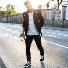 Check out Dope outfit by Tag us in your pictures for a chance to get featured. For daily fashion Fashion 101, Look Fashion, Daily Fashion, Mens Fashion, Rocker Fashion, Stylish Men, Men Casual, Daily Street Looks, Leather Jacket Outfits