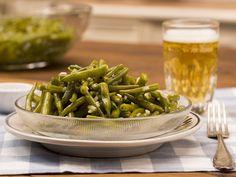 Grüner Bohnensalat. Über 262 Bewertungen und für vorzüglich befunden. Mit ► Portionsrechner ► Kochbuch ► Video-Tipps! Jetzt entdecken und ausprobieren! Green Beans, Mango, Low Carb, Food And Drink, Diet, Vegan, Vegetables, Cooking, Health