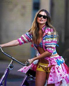 Behati for Pink in 2008 💕💙💛 . .  #victoriassecret #victoriasecret #model #models #supermodel #supermodels #vsmodel  #vsmodels  #vsfashionshow #vsbackstage #goals #bodygoals #facegoals #fashionshow #Vspink #vsx #vsangels #vsangel #adrianalima #alessandraambrosio #candiceswanepoel #jasminetookes #behatiprinsloo #sarasampaio #taylorhill #josephineskriver #elsahosk #vsfs2016