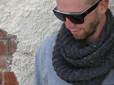 Nottingham Cowl Pattern - Knitting Patterns and Crochet Patterns from KnitPicks.com