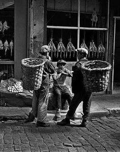 İstanbul'da küfeci çocuklar – 1954
