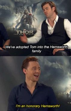 """I'm an honorary Hemsworth!"" Tom Hiddleston & Chris Hemsworth"