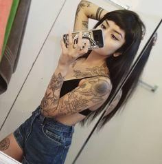 Black Hair Aesthetic, Hand Henna, Hand Tattoos, Instagram Summer