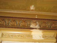 Jugendstil ceiling at Noorderstationsstraat Groningen: having a peep of the original colour. www.lutgielen.nl
