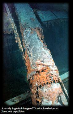 2003 expedition Rms Titanic, Titanic Deaths, Titanic Wreck, Titanic Sinking, Titanic History, Titanic Ship, Ancient History, Belfast, Titanic Poster
