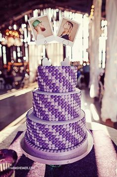 I like the photograph wedding cake topper!