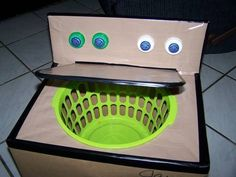 DIY washing machine for kids! SO clever! :-)