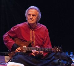 john mclaughlin shakti guitar   LONDON, UNITED KINGDOM - NOVEMBER 21: John McLaughlin of Remember ...