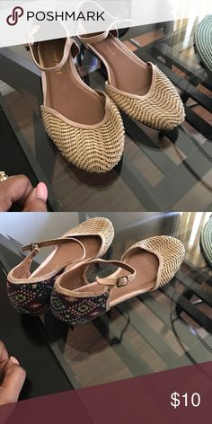 Cute shoes In good condition never worn Shoes Flats & Loafers