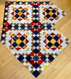 Kim in MN, Easy Street, pattern by Bonnie Hunter. Love this pattern! Bonnie Hunter, Star Quilts, Scrappy Quilts, Quilting Tutorials, Quilting Designs, Quilting Ideas, Quilt Block Patterns, Quilt Blocks, Traditional Quilts