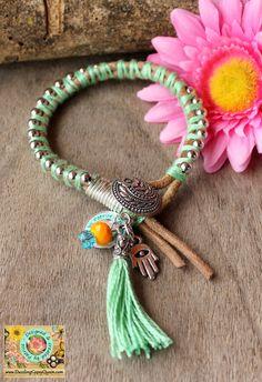 Vriendschaps geluksarmband van leer in groen met  Hamsa hand - Afrikaanse Sieraden-Gypsy & Ibiza-style-Statement Sieraden