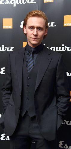 Tom Hiddleston at the Esquire and BAFTA Rising Stars Party in London 2012. Full size image: https://i.imgbox.com/FVvNxKkM.jpg Via Torrilla