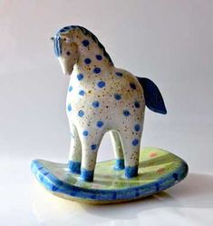 home decor crafts Horse Sculpture, Sculpture Clay, Animal Sculptures, Ceramic Figures, Clay Figures, Ceramic Clay, Ceramic Pottery, Clay Art Projects, Japanese Toys