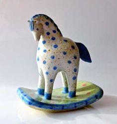 home decor crafts Horse Sculpture, Sculpture Clay, Animal Sculptures, Ceramic Figures, Clay Figures, Ceramic Clay, Ceramic Pottery, Clay Art Projects, Japanese Toys
