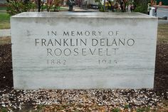 Original FDR Memorial in front of the National Archives, dedicated April 12, 1965