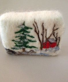 Red Barn Felted Soap Series. Mangofleursoap.com                                                                                                                                                                                 More Christmas Gifts To Make, Vintage Christmas Cards, Felt Christmas, Wool Needle Felting, Wet Felting, Yarn Crafts, Felt Crafts, Felted Soap Tutorial, Body Craft