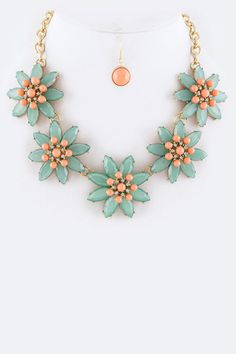New- Crystal Flower Statement Necklace