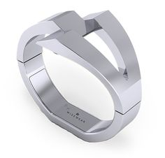 The Calder Silver ACTIVITY TRACKING Get to Know Your Body Get the detailed health and wellness insights that you deserve. Track your step count, calories burned, distance traveled, time active/inactive, and more. By collecting advanced bio metric data, the bracelet helps you better understand your body and performance throughout the day.