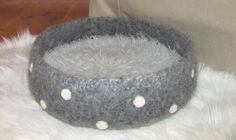 felted cat bed  *scroll down for pattern in English*