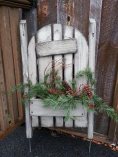 picket fence with chalkboard to change sign and make seasonal