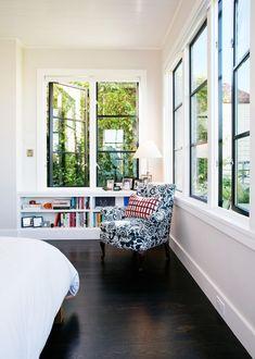 41 Ideas home library window master bedrooms Corner Bookshelves, Bookshelves In Living Room, Bookshelf Design, Living Room Windows, Master Suite, Master Bedrooms, Window Ledge Decor, Green Home Decor, Home Remodeling