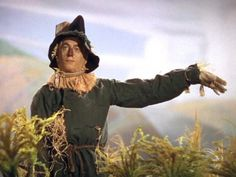 *THE SCARECROW ~ The Wizard of OZ, 1939.. Is it this way or that way