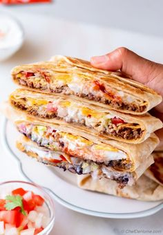 Homemade Crunchwraps are prepared just like Taco Bell's Crunchwrap Supreme with meat filling, creamy 5-minute Nacho Cheese Sauce, and crunchy Corn Tortillas. #crunchwrap #crunchwrapsupereme #tacobell Bean Recipes, Lunch Recipes, Easy Dinner Recipes, Breakfast Recipes, Easy Meals, Mexican Breakfast, Copycat Recipes, Breakfast Ideas, Crunchwrap Recipe