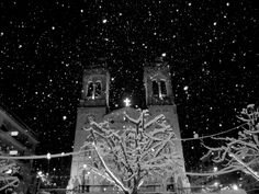 Holy Snowflakes | Standing in the middle of the center square of Tripolis (Greece), watching the imposing church of St. Vasilis (Άγιος Βασίλης), while sourounded by numerous snowflakes...