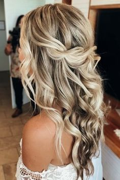 Wedding Hair And Makeup, Bridal Hair, Hair Makeup, Makeup Tips, Hair Inspo, Hair Inspiration, Easy Wedding Guest Hairstyles, Hair Styles Wedding Guest, Simple Weddings