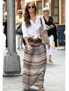 The knot shirt and maxi complements perfectly. Wearing a version of this today.