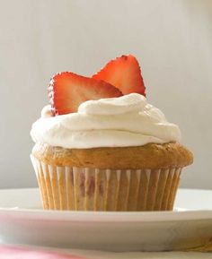 Yum! Try these light, moist #Gluten_Free Strawberries and Cream #Cupcakes, Simply Dessert!  #dessert #good #mood #food #diet #healthy #calories #app #bonapp   http://www.bon-app.com/