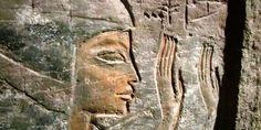 Menteri Purbakala Mesir yang baru, Khaled al-Anani, menyatakan 'tidak akan' memberi izin penggalian untuk menemukan kemungkinan ruang rahasia di belakang makam Raja Tutankhamun.