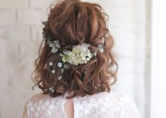 Good Photographs Bridesmaid Hair romantic Tips Maid-matron of honour hair-styles could be tricky while all of your current young ladies could have Bridesmaid Hair Updo, Prom Hair, Bridesmaids, Hair Arrange, Short Wedding Hair, Bride Short Hair, Romantic Short Hair, Trending Hairstyles, Bride Hairstyles