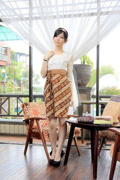 Dress Batik | Dewi Citrawati Dress | DhieVine | Redefine You
