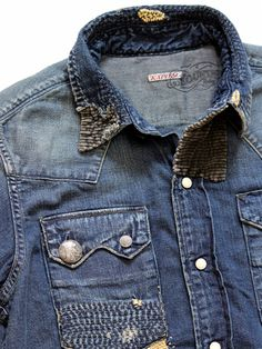 Derby Jeans Community - Online Shopping webite for Mens casual wear in India. Buy Shirts, T-Shirts, Trousers, Jeans, Joggers & Jackets for men. Buy Shirts, Jean Shirts, Denim Shirt, Shirt Jacket, Slim Fit Casual Shirts, Casual Wear For Men, Gents Fashion, Man Fashion, Denim Ideas