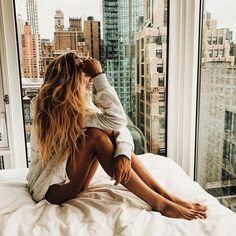 Утро ..ну как утро ,у меня наверное ещё ночь ♀️ ну расскажите как спать ? Первый раз за долгое время ,я просто лежала до 04-15 и пыталась понять когда я усну прошло 2 дня как мы в России ,а перестроиться не получилось #honymoon#bloggerstyle#travel#love#vscocam#vsco#bahamas#blogger#girl#happy#багамы#море#счастье#девушка#travel#sun#i#day#morning#love#mi#travel#photographer#girl#smile#morning#me#love#travel#honymoon#bloggerstyle#newyork