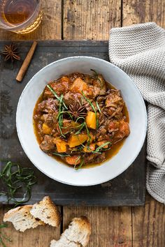 Make this aromatic Pressure Cooker Vietnamese beef stew once and it will become your new favourite Instant Pot recipe! Easy, hearty and a guaranteed hit with the whole family. #beefstew #instantpot #pressurecooker #Vietnamese #beefrecipes