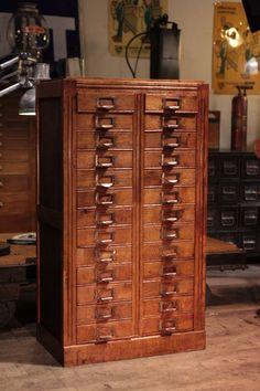 meuble de métier d'opticien ancien deco loft