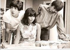 She was The Beatles' secretary, to her this was another day at work... Lol