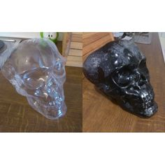 Skulls made using WTA. On the right picture, it has been painted on the inside.
