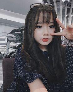 Pin by Ingyinn Hunnie on Beautiful in 2020 Pretty Korean Girls, Korean Beauty Girls, Cute Korean Girl, Cute Asian Girls, Cute Girls, Cute Girl Poses, Cute Girl Pic, Uzzlang Girl, Girl Face