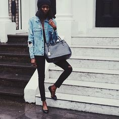 37 Outfits That Are SO New York: You'd be hard-pressed to find a New Yorker who only wears black.