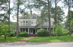 Tifton Landmark Home; c. 1908 Victorian: Queen Anne; Historic District; Tifton, Georgia