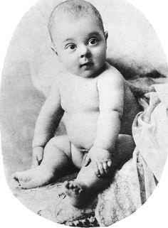 Buster Keaton / Born: Joseph Frank Keaton, October 4, 1895 in Piqua, Kansas, USA / Died: February 1, 1966 (age 70) in Los Angeles, California, USA