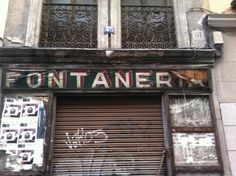 C/ Cava Baja, Madrid #signpainting #typography