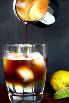 Espresso trifft Tonic trifft Eis - Sommer im Glas!