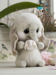 handgemachtes Spielzeug Dolls and handmade toys. Fair Masters Dolls and handmade toys. Cute Animals Images, Cute Wild Animals, Baby Animals Super Cute, Cute Baby Dogs, Baby Animals Pictures, Cute Stuffed Animals, Cute Animal Drawings, Cute Dogs And Puppies, Cute Little Animals