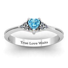 This is the ring I want as a purity ring!! <3
